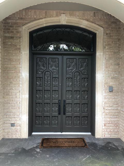 Exterior entry door paint/stain in McKinney, Texas