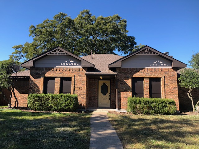 Exterior house painting in Plano, Texas